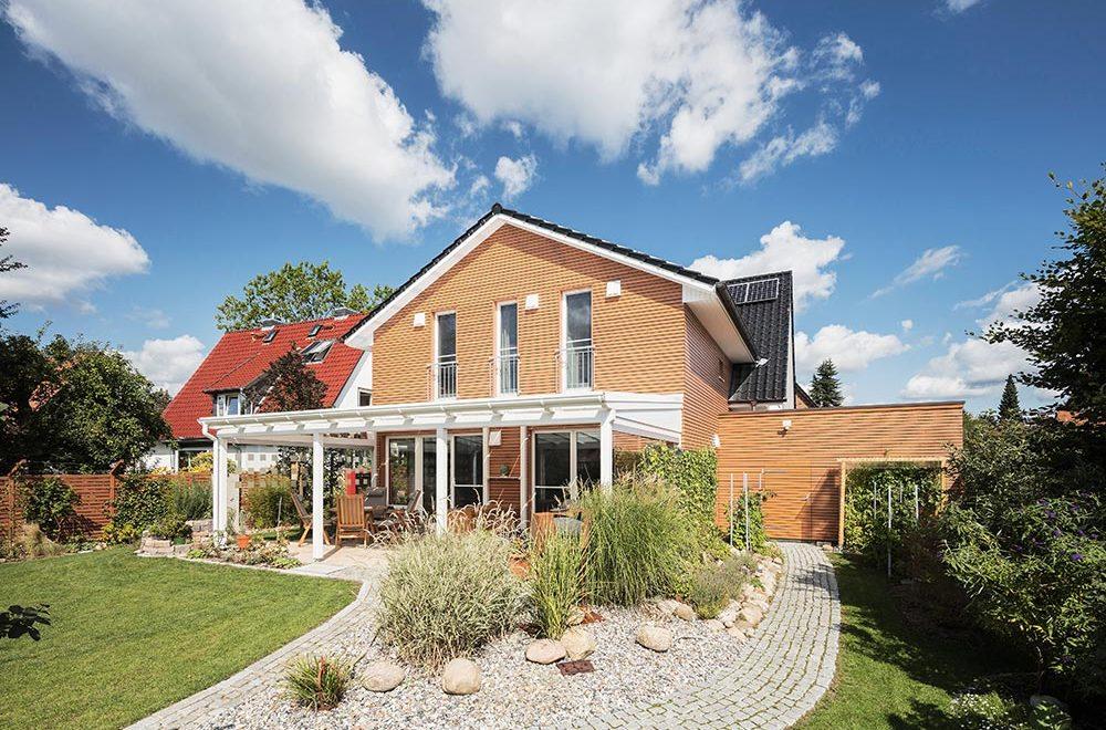 Bardowicks - Referenz - Zweifamilienhaus Holzfassade
